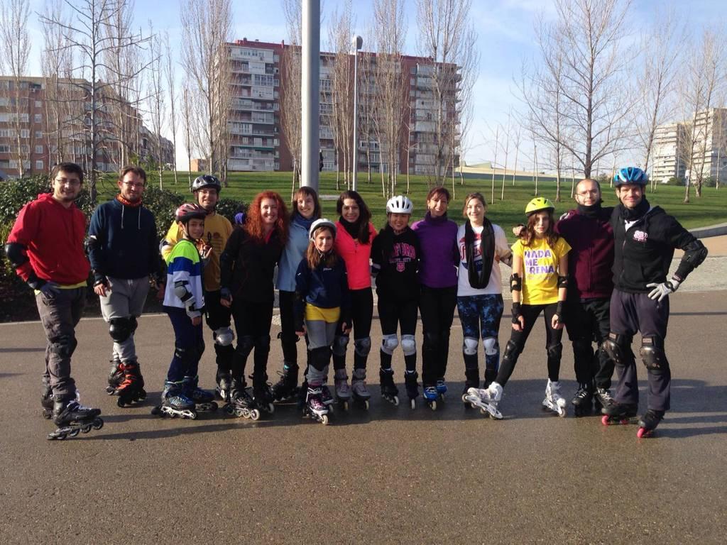 Cambia de nivel el grupo de clases de patinaje de Madrid Río