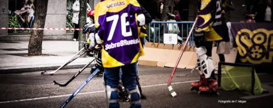 El hockey linea en el día del deporte de Chamberí
